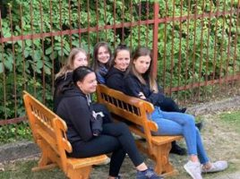 Wyjazd młodzieży szkolnej do Domu Wczasów Dziecięcych w Jodłówce Tuchowskiej